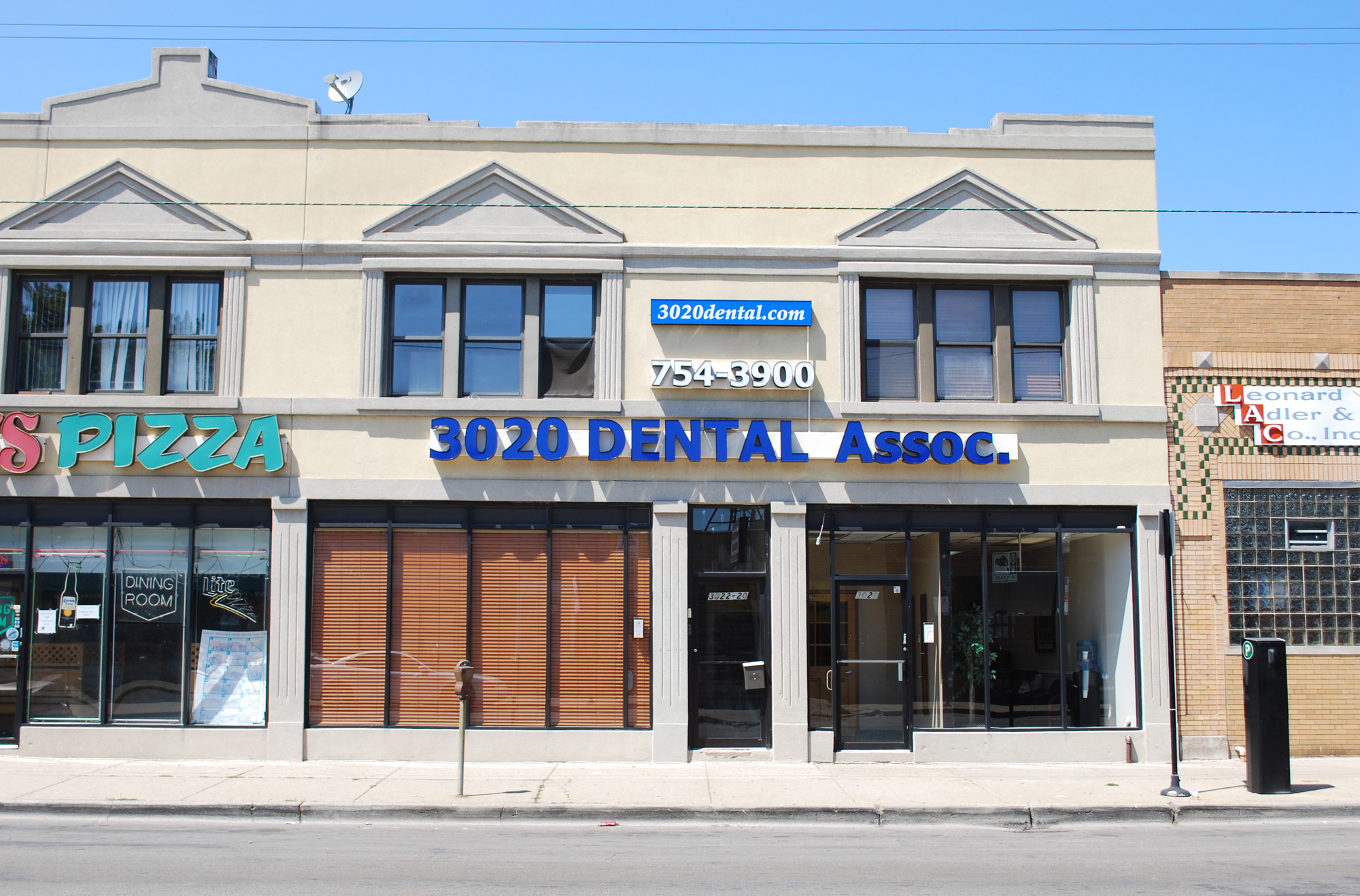 3020 Dental Associates in Chicago IL